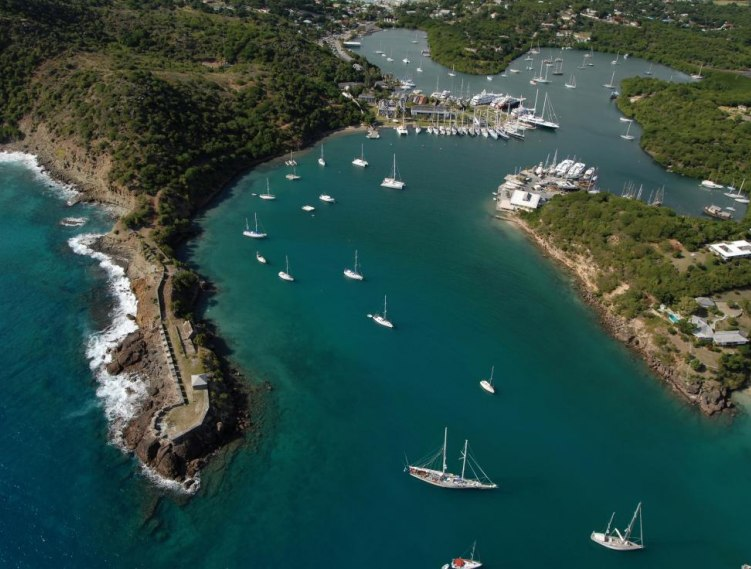 6 Reasons Why Investors Choose the Antigua and Barbuda Citizenship Program